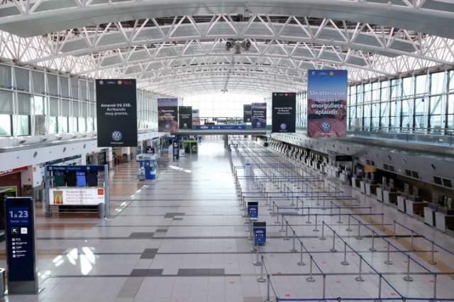 Aeropuerto Internacional de Ezeiza: en septiembre hackearon Migraciones . Foto AA 2000