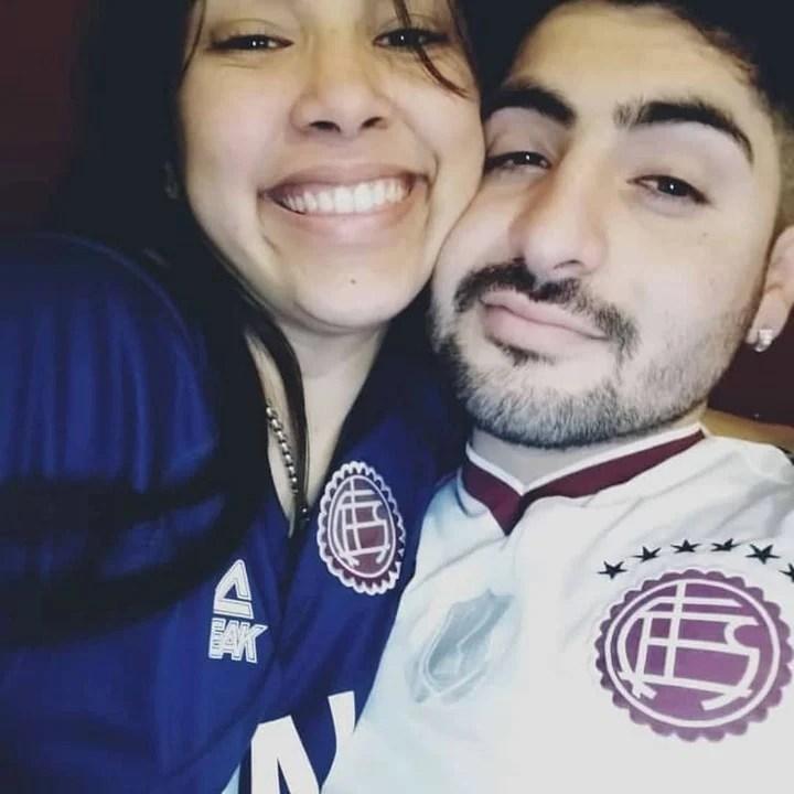 Cristian Marcelo Fredes (23) murió este domingo después de un triple choque en Alejandro Korn. Investigan si después del siniestro hubo una pelea en la que fue asesinado. La única testigo es Karen Villan, su pareja, y la madre de un bebé de 4 meses.