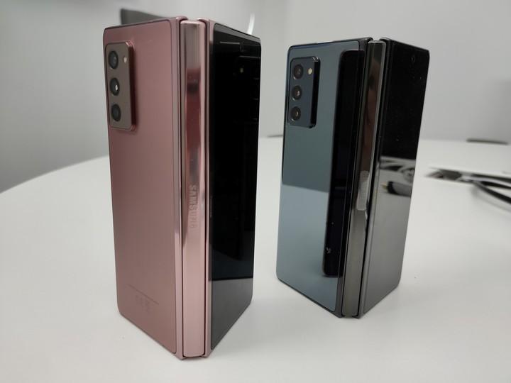 Samsung Galaxy Z Fold 2 fue lanzado a comienzos de septiembre, en plaena pandemia de Covid-19. Foto: DPA.