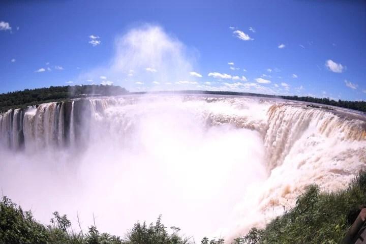 The Iguazú Falls, a convoking destination.  Photo: Julián Alvarez