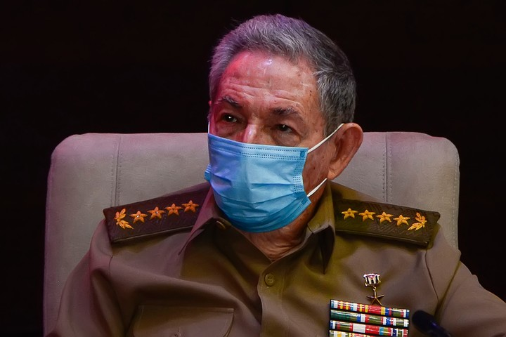 Raul Castro, in April, when he resigned from the leadership of the Communist Party and retired.  Photo Xinhua