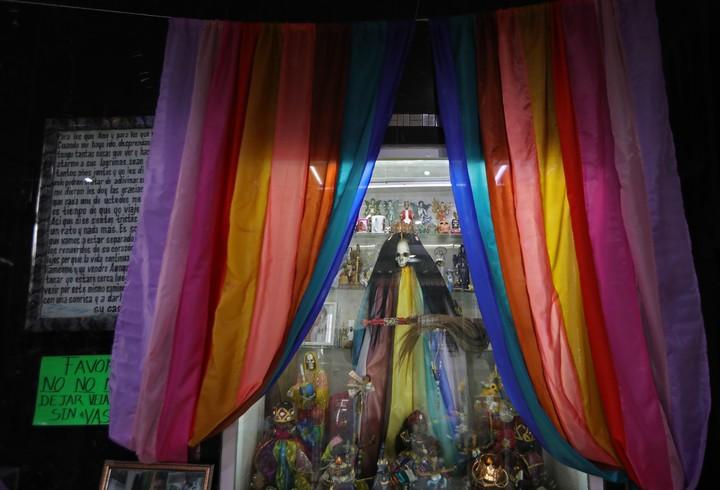 An altar of San La Muerte in Mexico City.  Photo EFE / Mario Guzmán