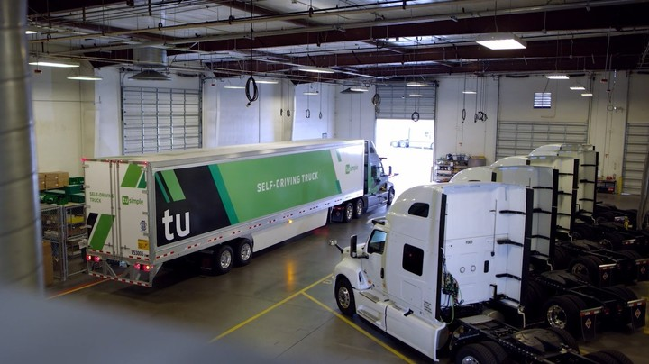 The American company TuSimple has a fleet of more than 70 trucks with autonomous driving system.