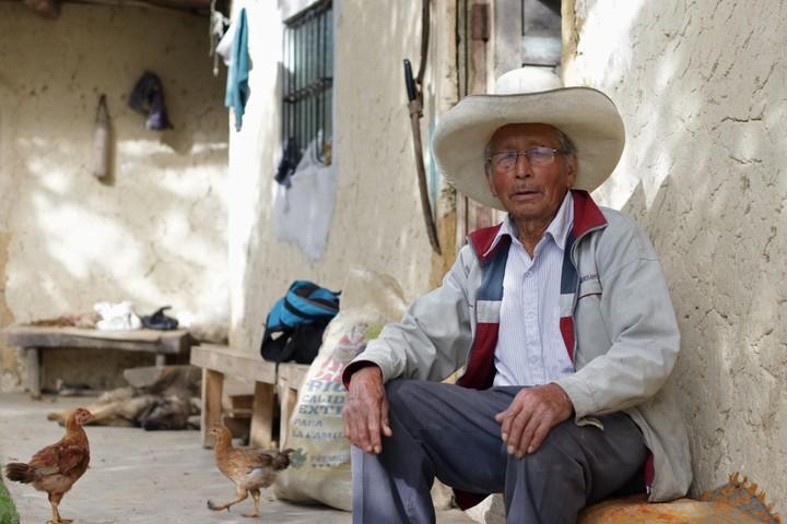 Ireño Castillo, Pedro Castillo's father, at his home in Puña, Cajamarca department, Peru, this Friday.  Photo: EFE