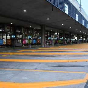 Retiro, the controversial bus terminal that awaits a new tender to change hands, reopens