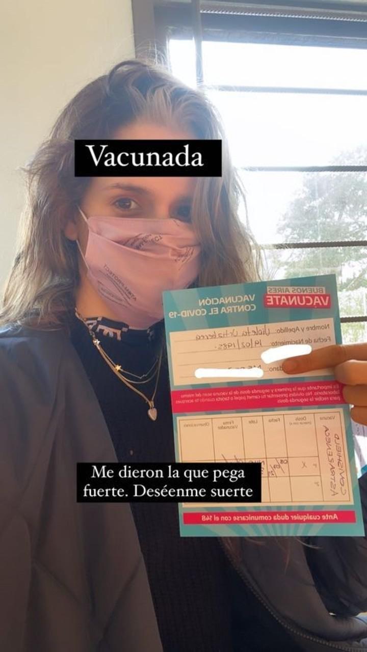 Vaccination against Covid-19 of Violeta Urtizberea.  Photo: Instagram.