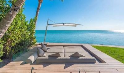 Un lugar de relax en la impactante casa que ocupa Messi en Miami.