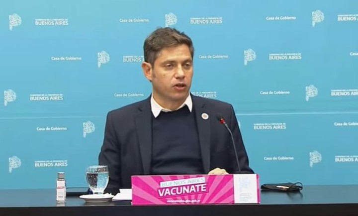 Axel kicillof announced that the GBA passes to phase 4, with fewer restrictions.  Photo capture.