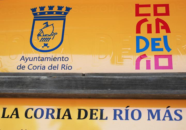 Bilingual posters in Coria del Río.  Photo Cézaro De Luca