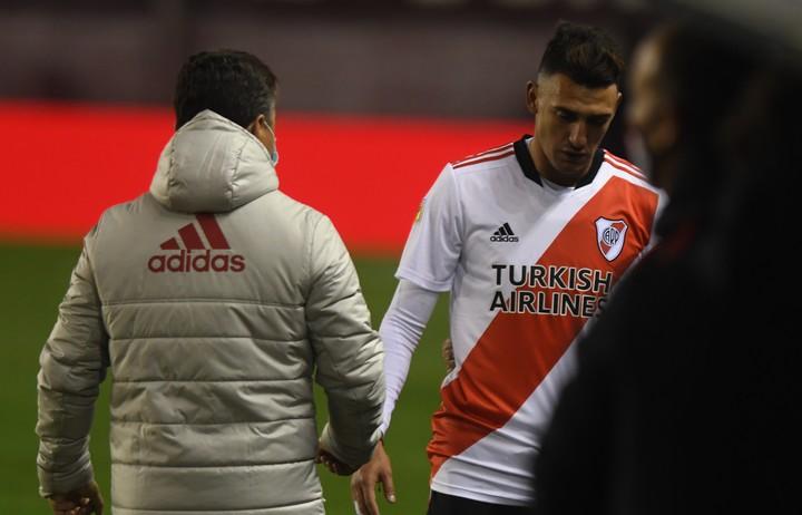Matías Suárez left the court with an annoyance.  Photo: Marcelo Carroll.