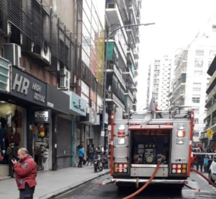The fire originated on the 5th floor of a building in Castelli at 200.