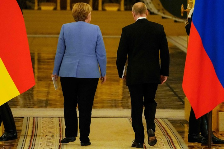 Merkel has decided to end her 16-year term by looking east.  Photo: AFP