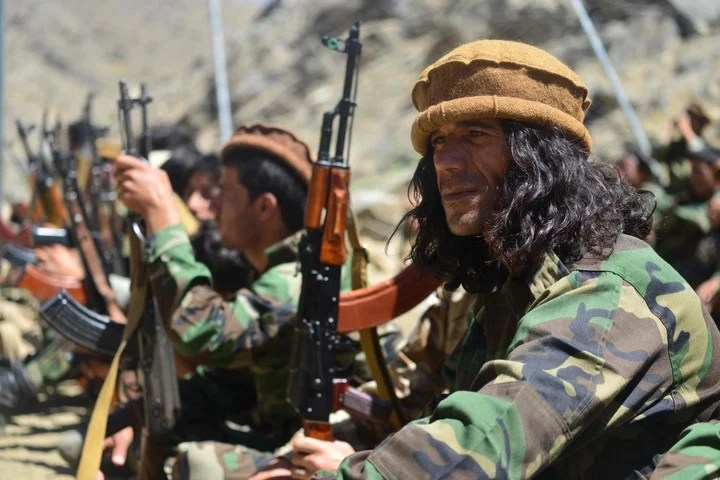 Anti-Taliban fighters, this Tuesday in the Panjshir Valley, in Afghanistan.  Photo: AFP