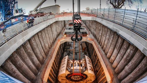 Puesta a punto La tuneladora esta enterrada en Haedo para el soterramiento del Sarmiento.
