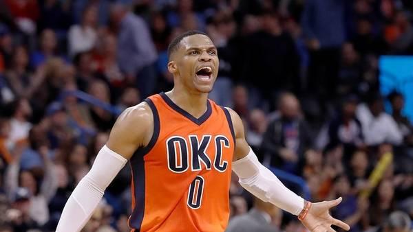Russell Westbrook, el hombre triple doble de la NBA. (AP)
