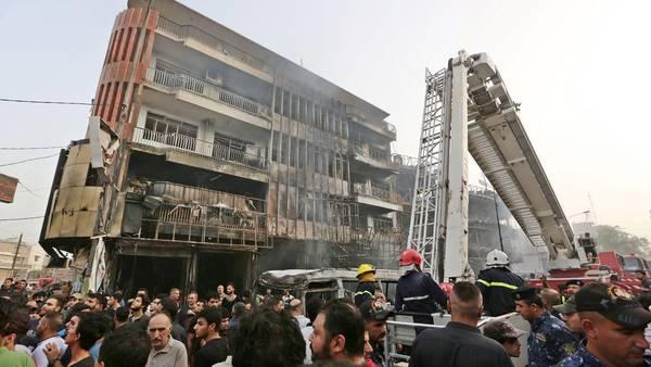 Ataque suicida en una zona comercial de Bagdad, luego del fin de Ramadam. EFE - ALI ABBAS