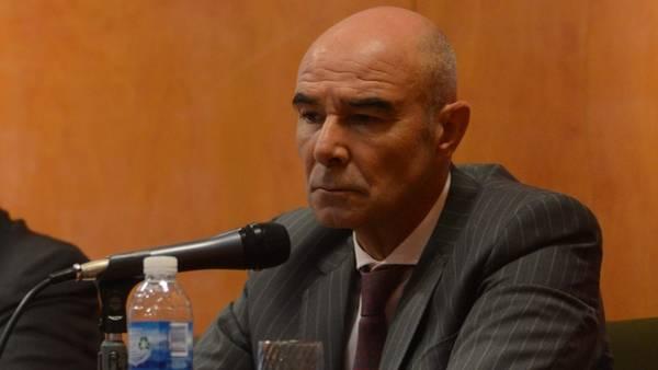 Juan José Gómez Centurión.