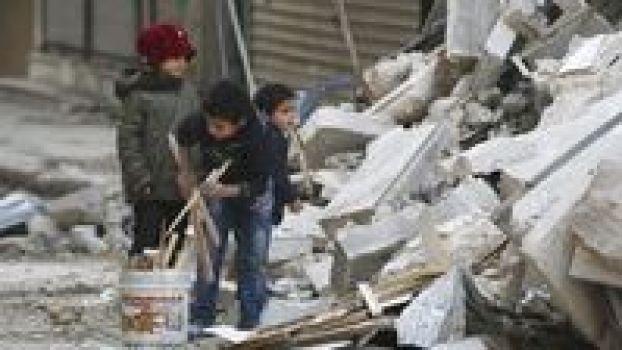 Perang Terus Berkecamuk, Warga Aleppo Hidup Susah