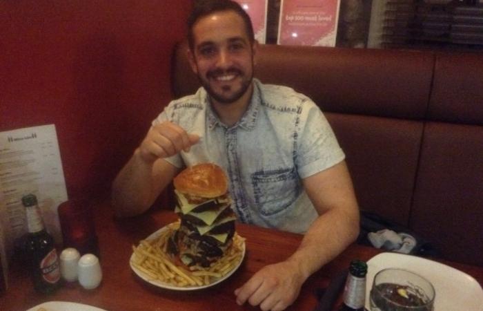 102oz-burger-challenge