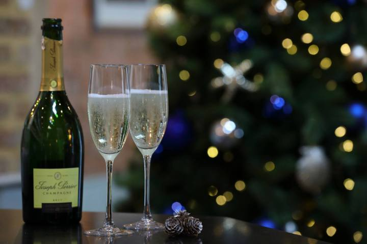 free-champagne-loch-fynne