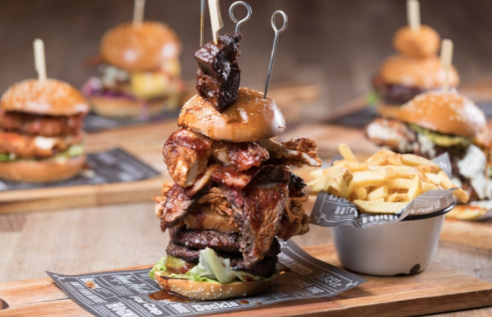 the-challenger-from-manchester-smokehouse-and-cellar