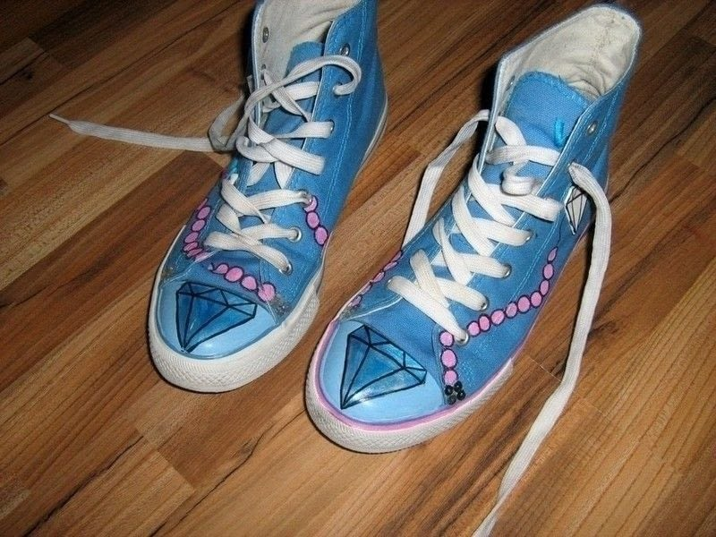 Styled Fake Converse How To Paint A Pair Of Painted
