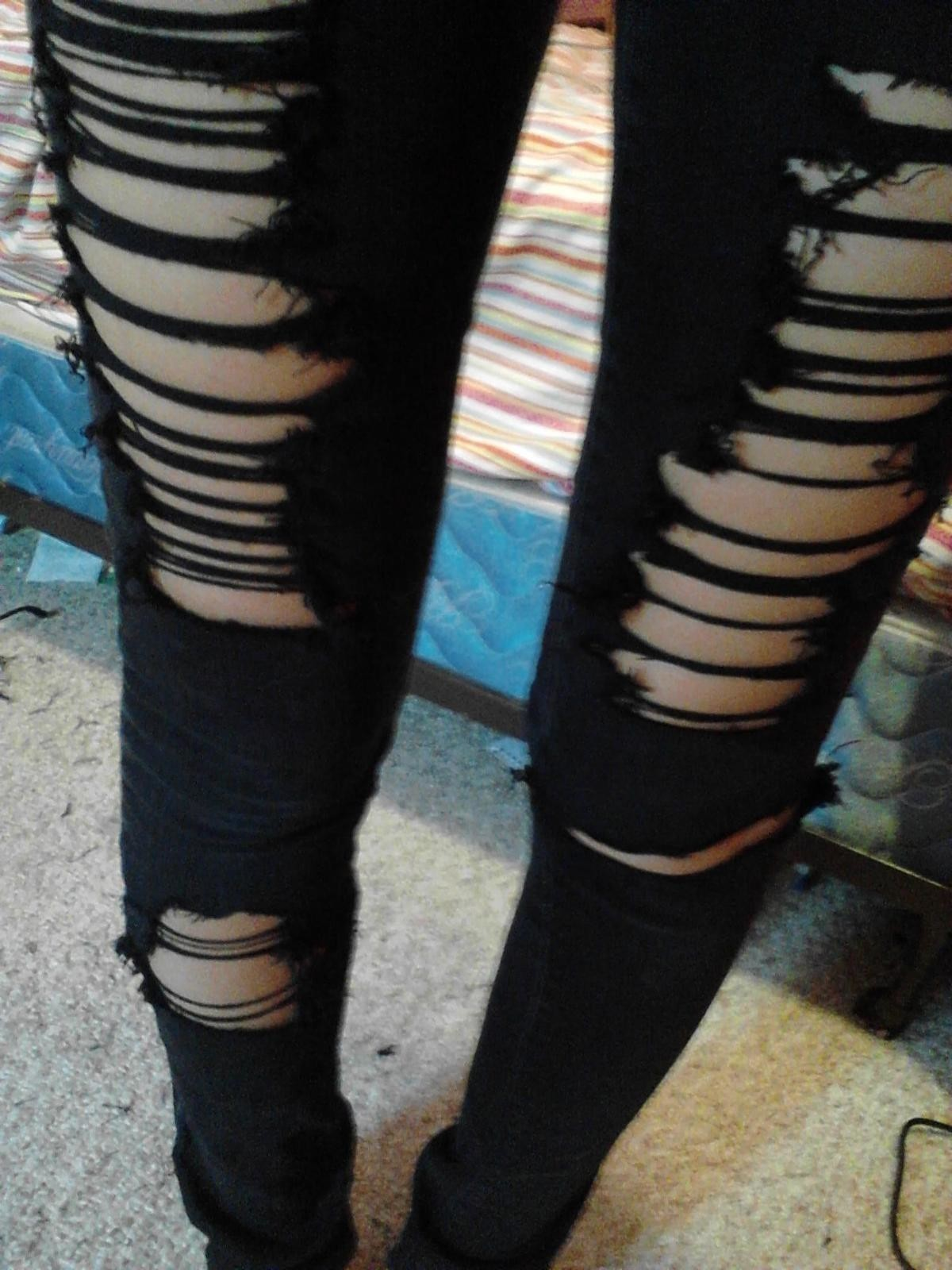 Ripped Skinny Jeans How To Rip A Pair Of Ripped Jeans