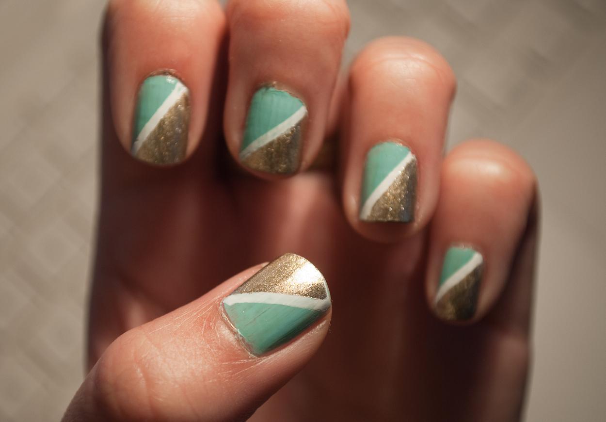 Half Triangle Nails Patterned Nail Art Nail Painting