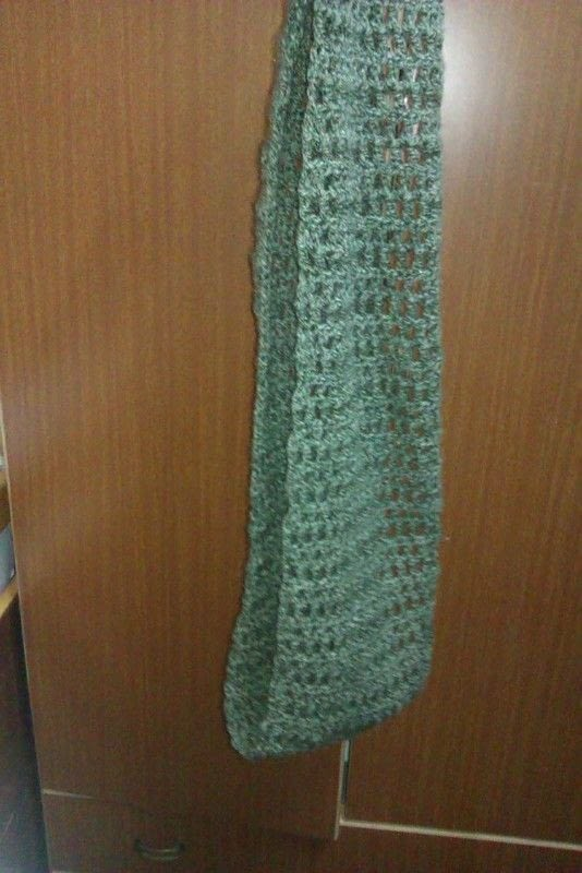 Crocheted Infinity Scarf Very Easy How To Make A Knit Scarf Crochet Scarf Crochet On Cut