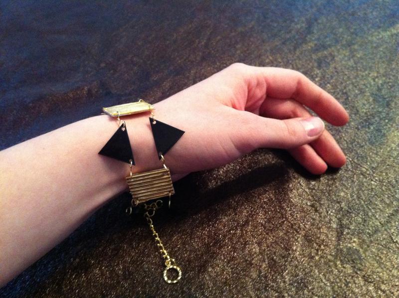 Paper Bead Bracelet How To Make A Paper Bead Bracelet
