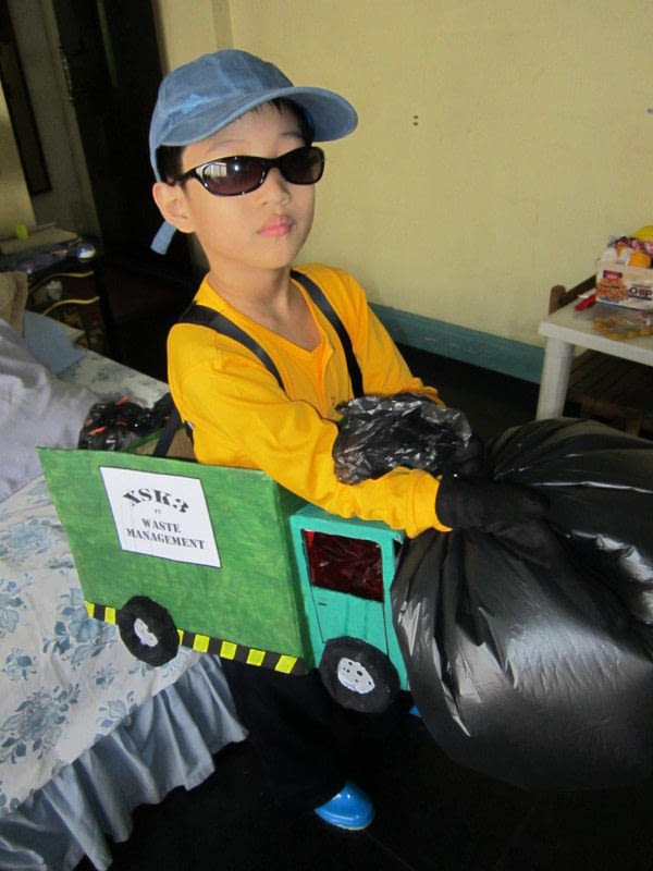 Garbage Truck Costume 183 A Weapon 183 Art And Papercraft On