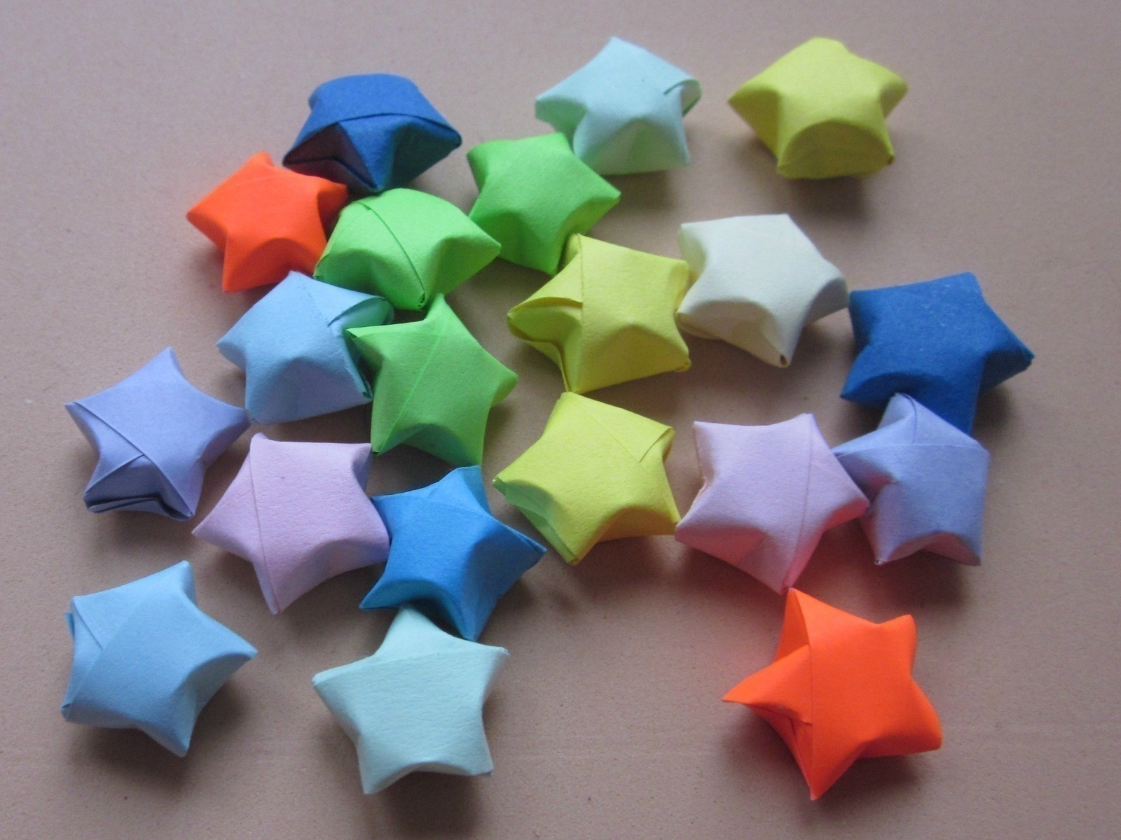 Lucky Paper Stars An Origami Shape Papercraft On Cut