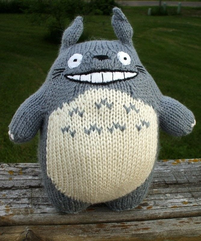 Knitted Totoro 183 A Bear Plushie 183 Yarncraft On Cut Out