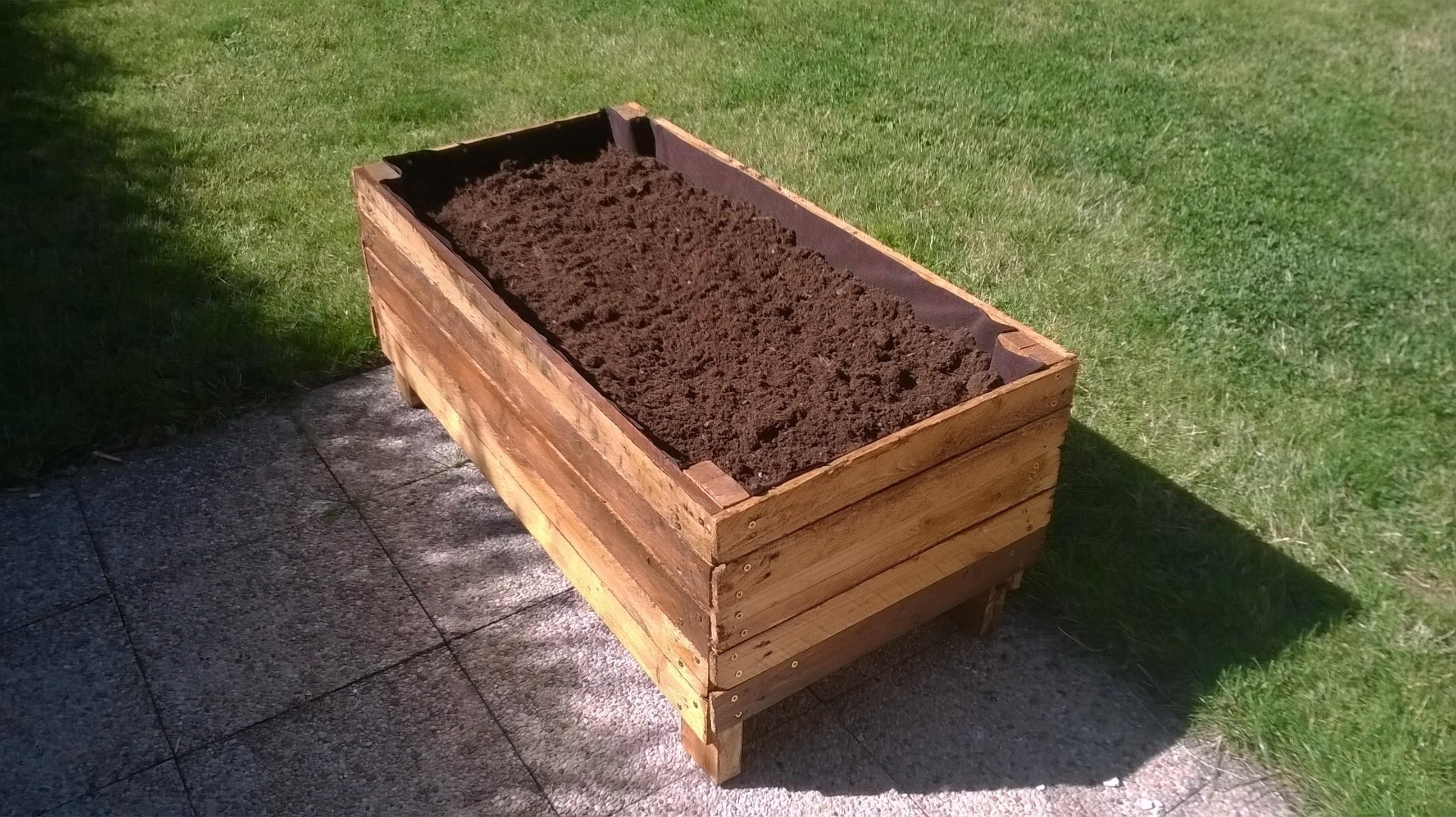 Pallet Planter · How To Make A Pallet Planter · Home + DIY