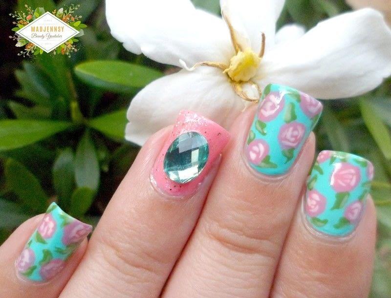 Vine Roses Nail Art