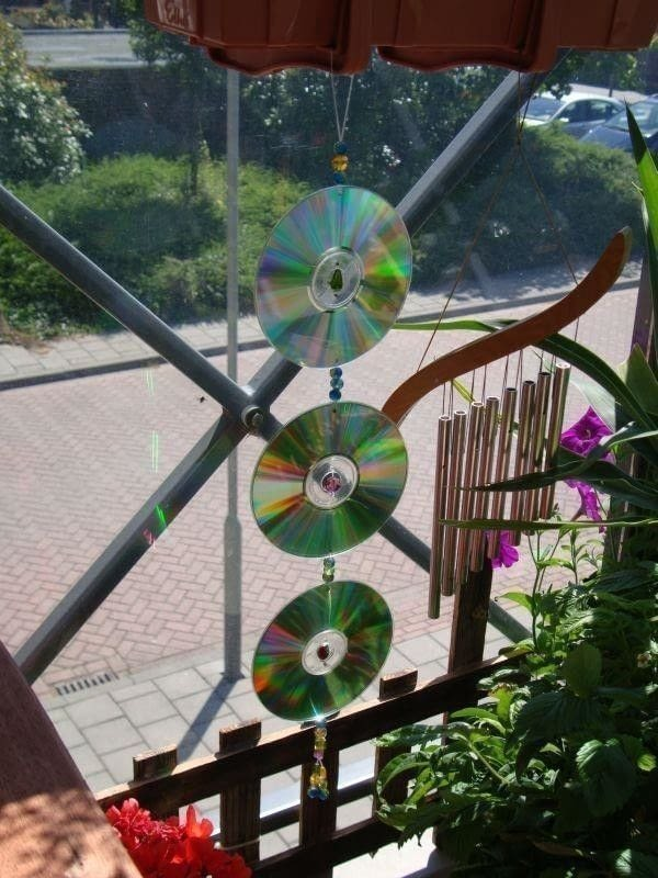 Cd Dvd Suncatcher Mobile 183 A Sun Catcher 183 Decorating On