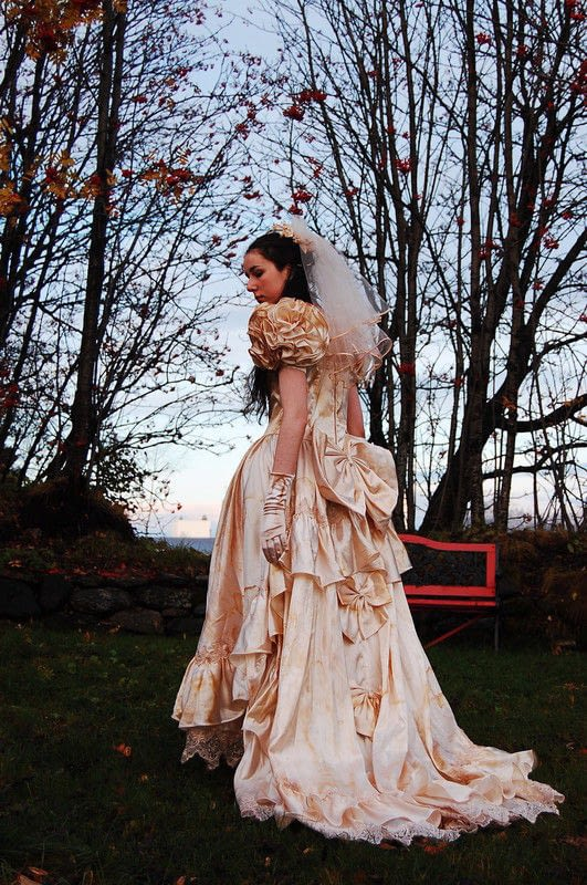 Vampire Bride Tanz Der Vampire 183 A Full Costume 183 Dressmaking And Dressmaking On Cut Out Keep