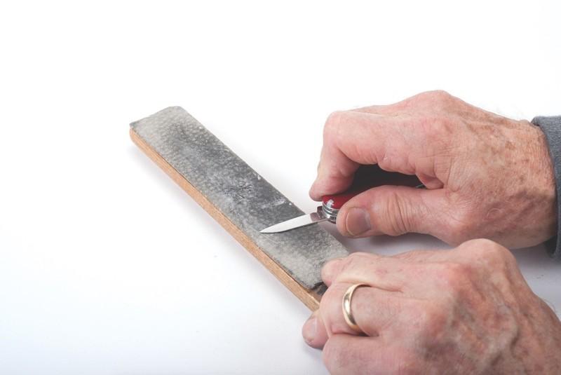 Knife Sharpening Wet Sandpaper