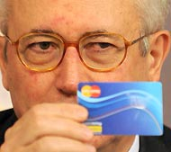 «La Social card andrà a 1.300.000 persone circa»