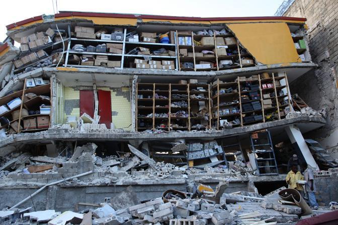 https://i2.wp.com/images.corriereobjects.it/gallery/Esteri/2010/01_Gennaio/haiti/6/img_6/HAI_80_672-458_resize.jpg