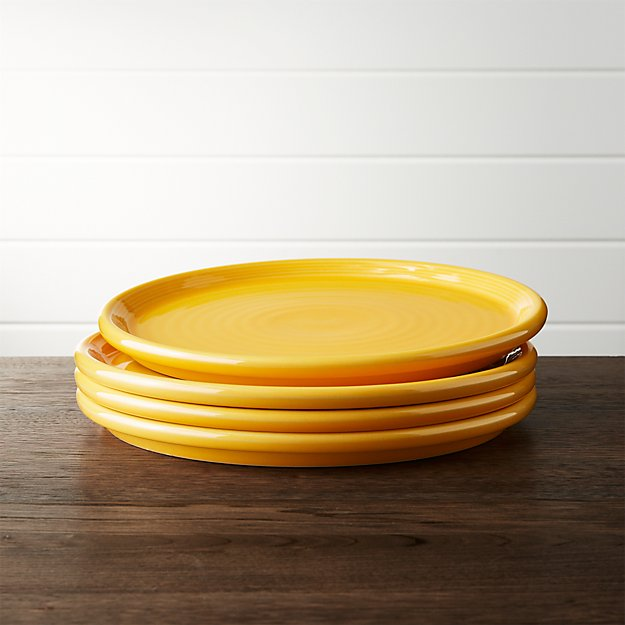 Set Of 4 Farmhouse Yellow Dinner Plate Crate And Barrel