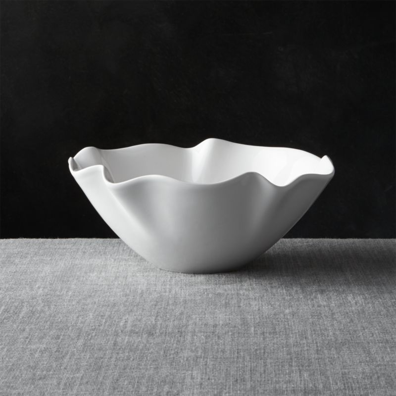 White Ruffle 11 Quot Small Bowl Reviews Crate And Barrel