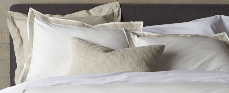 how to choose the right bed pillow