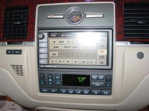 20032011 Lincoln Town Car Profile