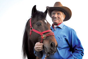 Horse Whisperer Monty Roberts Aids Veterans And Others Who