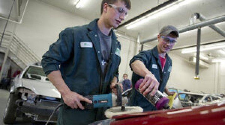 Eight Simple Car Repairs To Save Money Csmonitor Com
