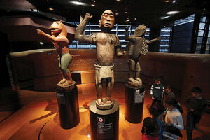 Art of the steal: European museums wrestle with returning African art -  CSMonitor.com
