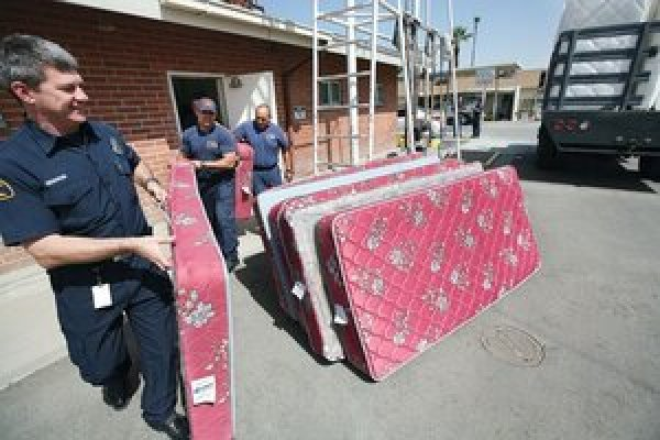 A California Fire Station Serves As Collection Point For Old Mattresses Mattress Recycling Is Growing Industry