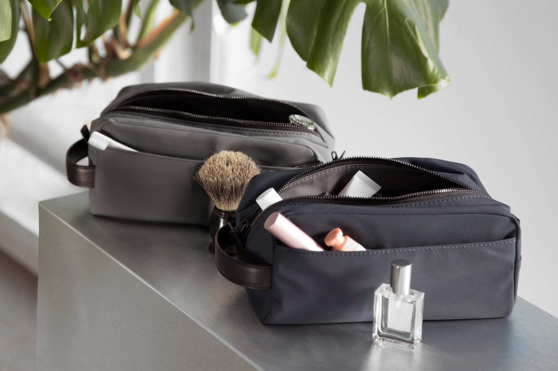 away travel Dopp kit