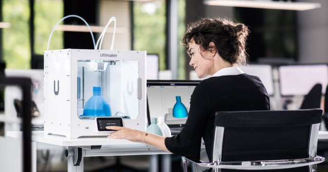 Ultimaker S3: Easy-to-use 3D printing starts here